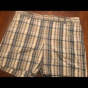 Women's Nautical Plaid Short